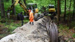 Energetici prekopávajú Šturec, aby káblom prepojili Turiec a Horehronie
