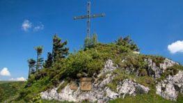 Spomienkové stretnutie obetiam hôr Veľkej Fatry na Kráľovej Studni