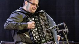 Benefičný koncert akordeónového virtuóza Michala Červienku pre Detskú fakultnú nemocnicu