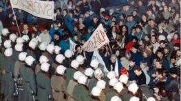 Uplynulo 30 rokov od Nežnej revolúcie…