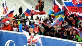 Petra Vlhová vo Flachau v slalome opäť triumfovala, Shiffrinová až tretia + HLASY