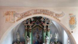 Hlasujme za záchranu vzácnych fresiek v stredovekom kostole sv. Žofie v Dúbravici