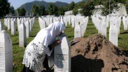 FOTO: Pripomíname si 25. výročie jedinej európskej genocídy po II. svetovej vojne v Srebrenici