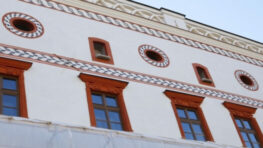 FOTO: Obnovu vonkajších fasád Thurzovho domu ukončia do konca tohto roka