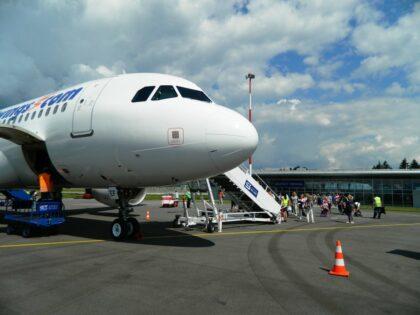 Civilná letecká doprava na Sliači