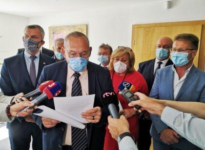 krajskí poslanci HLAS-SD