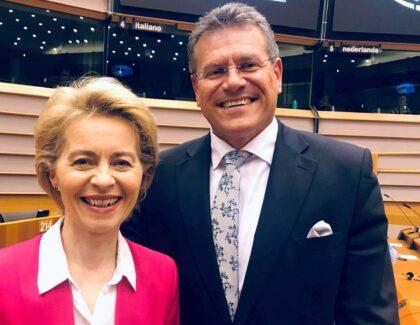 Predsedníčka EK Ursula von der Leyen a podpredseda EK Maroš Šefčovič