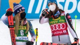 Petra Vlhová doma v Jasnej v slalome strieborná, tromfla ju len Shiffrinová + HLASY