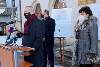 Primátori BB a ZV s prezidentom Únie miest SR Richardom Rybníčkom