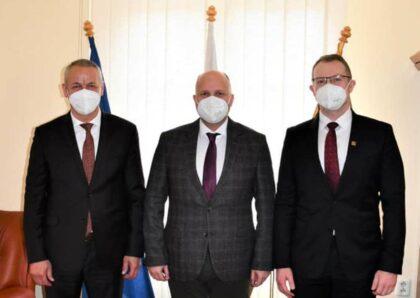 Zľava Ján Nosko, Jaroslav Naď a Vladimír Hiadlovský