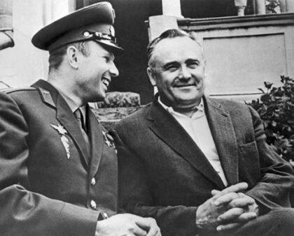 Jurij Gagarin a Sergej Koroľov