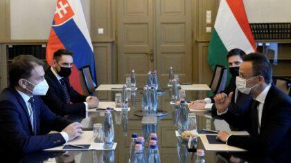 Igor Matovič a György Gyimesi na rokovaniach v Maďarsku