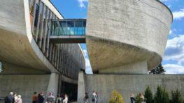 Bystričania Peter Pellegrini a Ľubica Laššáková: Degradácia Múzea SNP je neprijateľná!