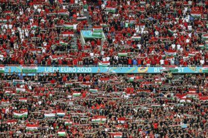 Fanúšikovia na štadióne v Budapešti