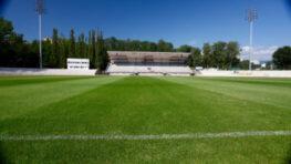 FOTO: Národný atletický  štadión s futbalovou plochou v Banskej Bystrici je pred dokončením