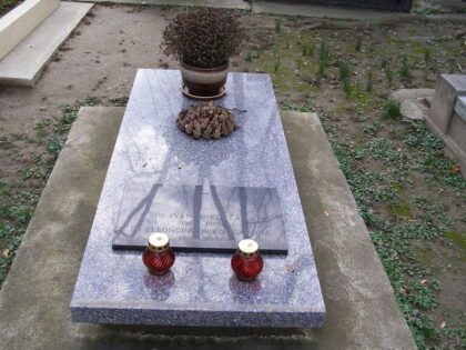 Hrob Ivana Bukovčana