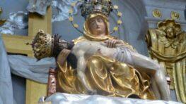 Sviatok Sedembolestnej Panny Márie – patrónky Slovenska s pápežom Františkom