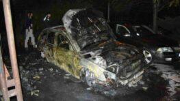 FOTO a VIDEO: V Banskej Bystrici do rána zhoreli dve autá, ďalšie štyri poškodil požiar