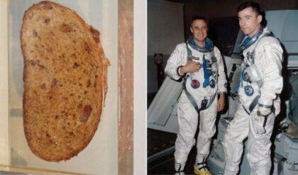 John Young (vpravo) a jeho slávny sendvič